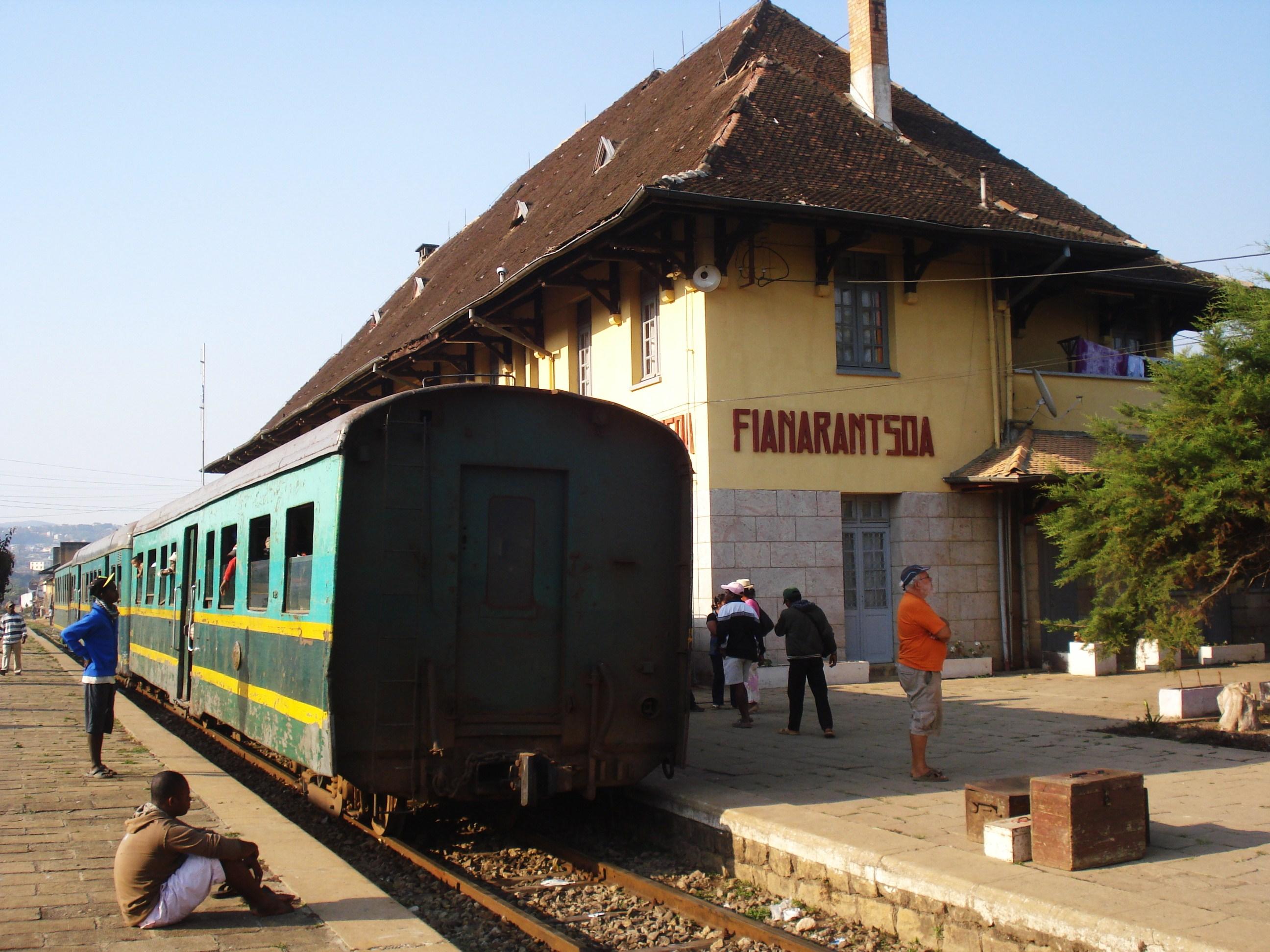 Départ par le train pour Manankara :170 km